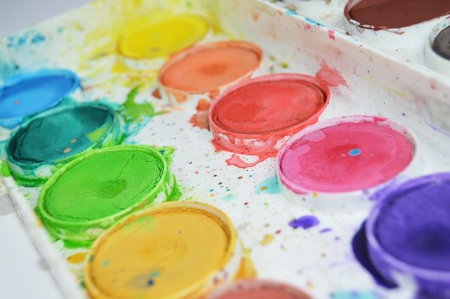 paint-1067686_640